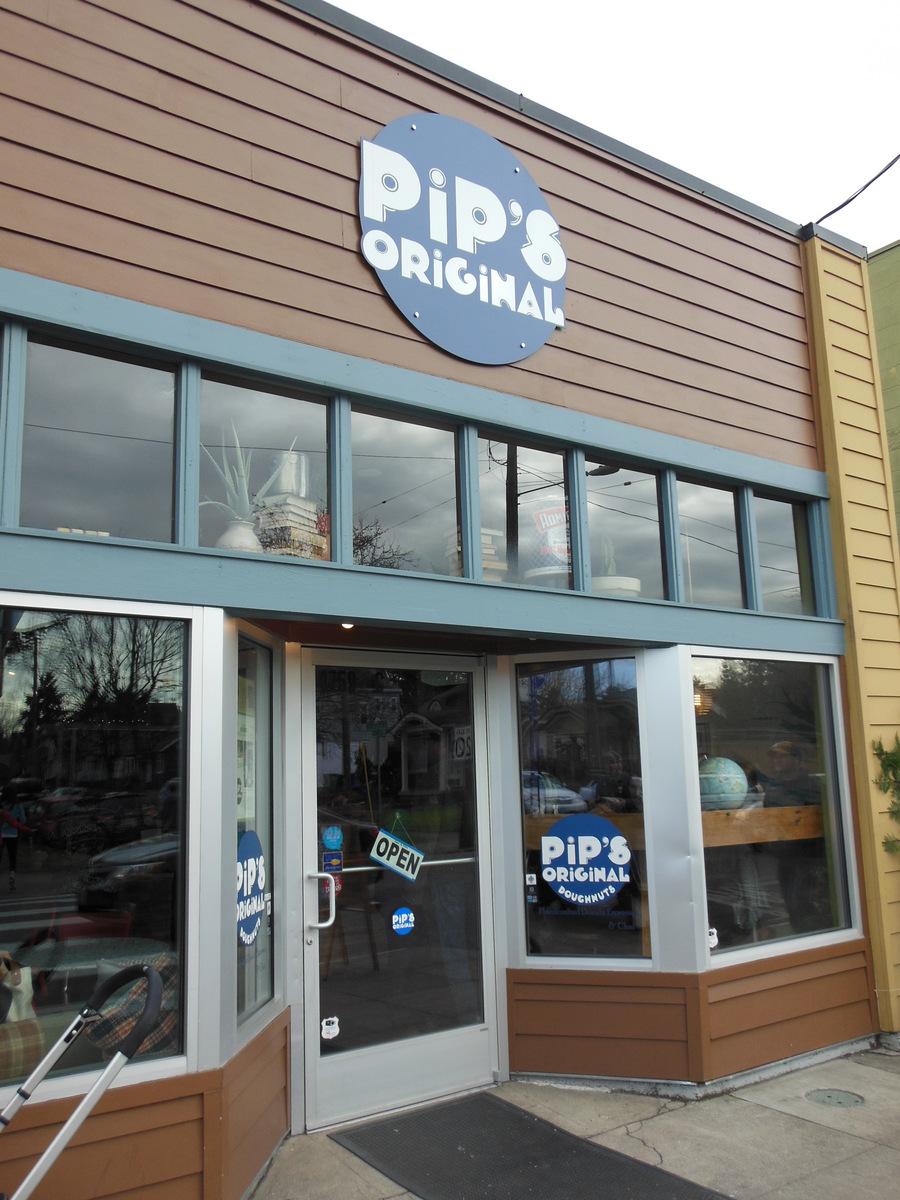 Pip\'s Original Doughnuts on Fremont | LocavOregon