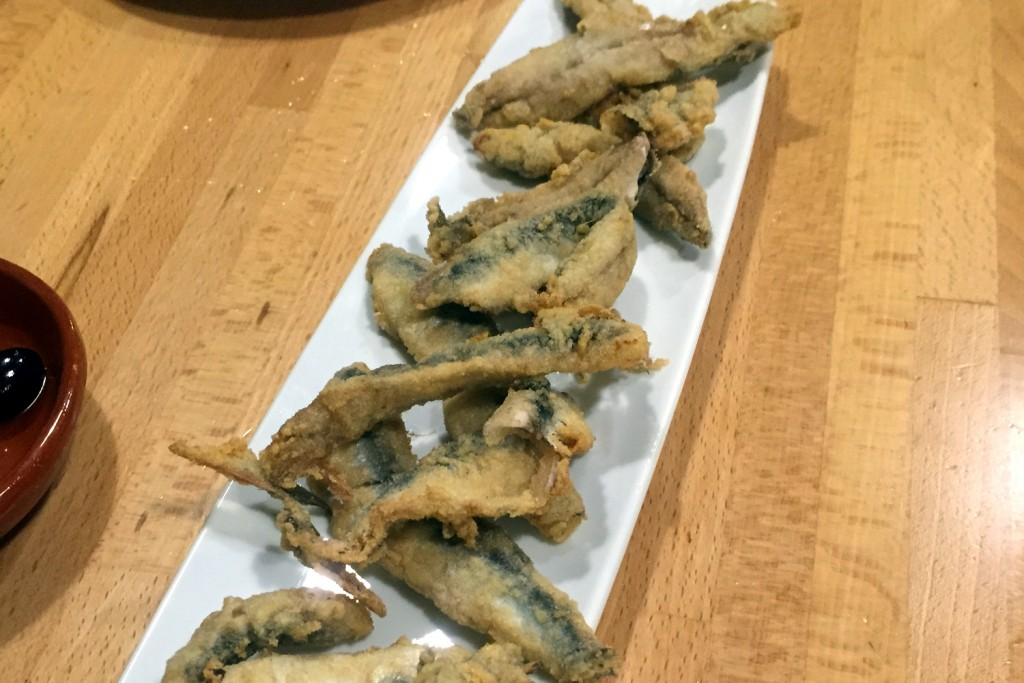 Lolita - fresh anchovies, deep-fried