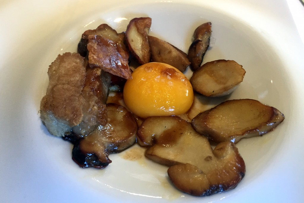 Can Jubany - Pork belly, mushroom, egg