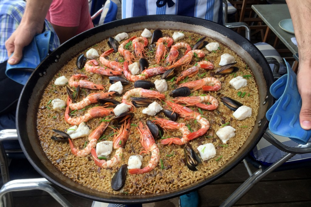Xiringuito Escribà Seafood Paella