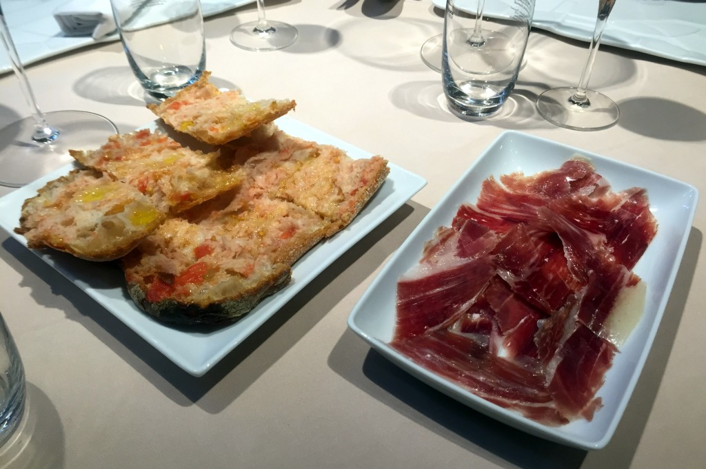 La Taverna del Clinic - Jamon and soda bread